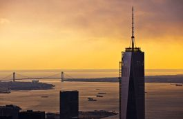 640px-Sunset_in_New_York_City_at_1_WTC